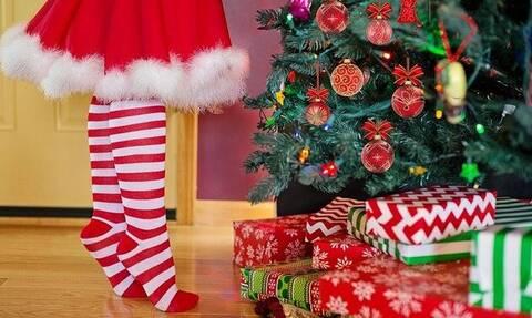 Η ιστορία του Χριστουγεννιάτικου Δέντρου που κοσμεί τα σπίτια μας κάθε Πρωτοχρονιά