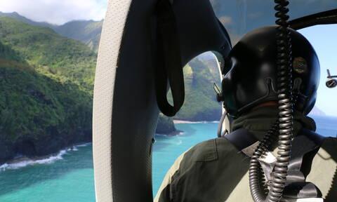 Χαβάη: Θρήνος στα συντρίμμια του ελικοπτέρου που συνετρίβη - Δύο παιδιά μεταξύ των έξι νεκρών (vid)