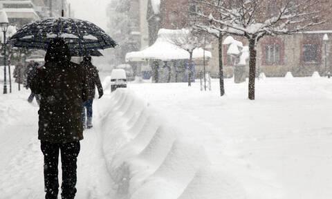 Καιρός - Έκτακτο δελτίο ΕΜΥ: Η «Ζηνοβία» πλησιάζει με χιόνια και κρύο - Πότε θα χιονίσει στην Αττική