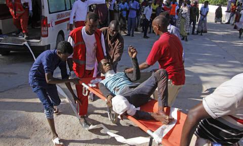 Rush hour car bomb kills many in Somali capital