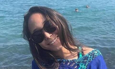 Νεκρή 14χρονη - Εξερράγη το κινητό της την ώρα που κοιμόταν (pics)
