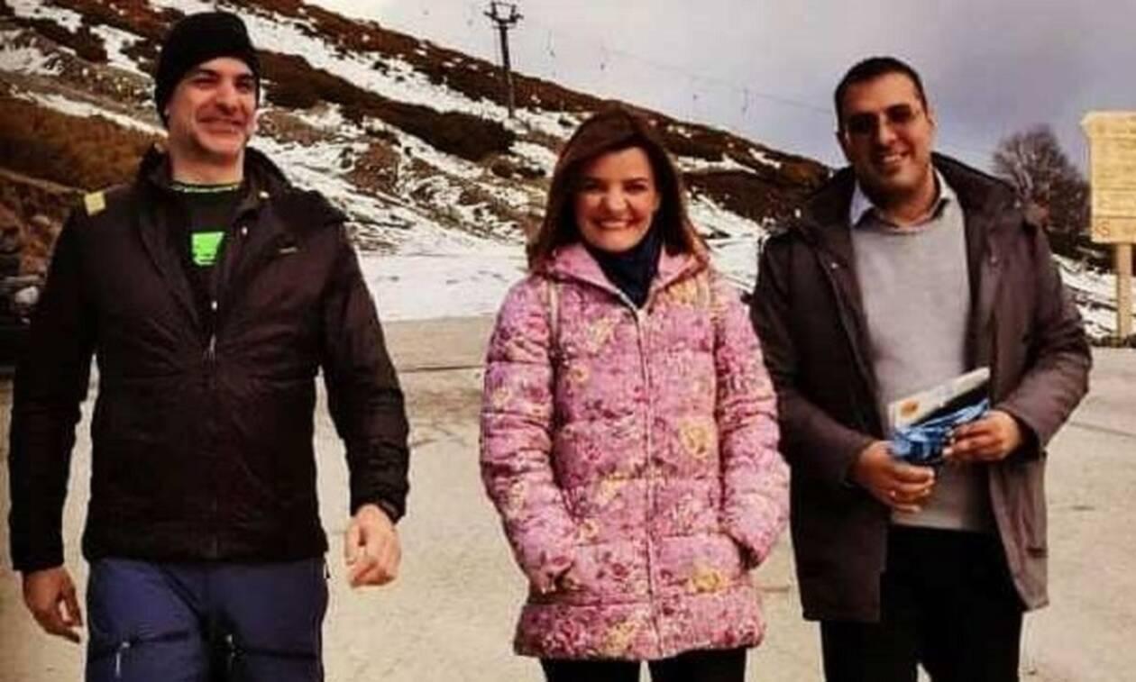 Κυριάκος Μητσοτάκης: Πεζοπορία στα χιόνια του Μετσόβου (pics)