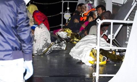 Ιταλία: 32 μετανάστες που διασώθηκαν θα αποβιβαστούν σε λιμάνι της Σικελίας