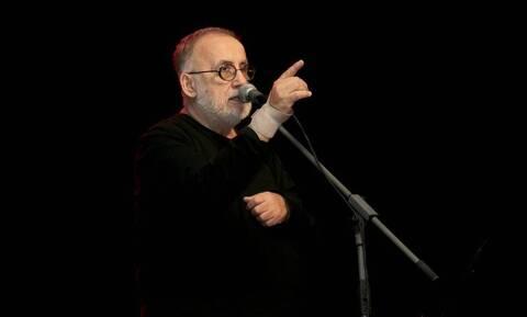 Θάνος Μικρούτσικος: Το τεράστιο έργο, η τελευταία συναυλία και η θλίψη που σκόρπισε ο θάνατός του