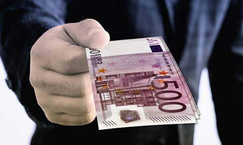 Φραγκάκη στο Newsbomb.gr: «Το αδίκημα της μη καταβολής χρεών στο Δημόσιο - Ποια εξαιρούνται»