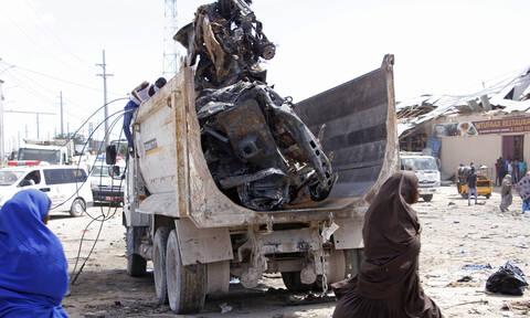 Σομαλία: Η τζιχαντιστική οργάνωση Σεμπάμπ ανέλαβε την ευθύνη για την πολύνεκρη επίθεση του Σαββάτου