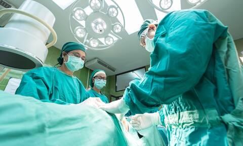 Σοκ: Γυναίκα πήρε φωτιά και πέθανε στο χειρουργείο - Το φρικτό λάθος (pics)