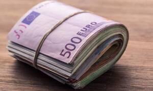 Βόλος: Άπορος που έτρωγε σε συσσίτια άρχισε να αγοράζει το ένα σπίτι μετά το άλλο!