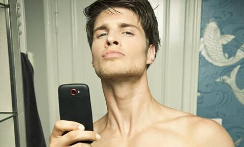 Γιατί οι άντρες στέλνουν γυμνές φωτογραφίες στις γυναίκες;