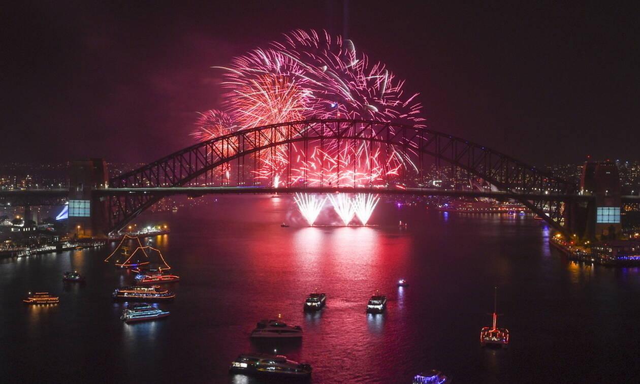 Πρωτοχρονιά 2020: Η Νέα Ζηλανδία και η Αυστραλία υποδέχτηκαν το νέο έτος με πυροτεχνήματα (vids)