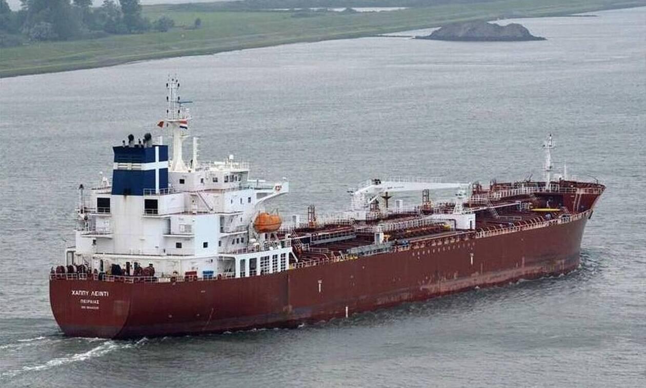 Καμερούν: Σκληρές διαπραγματεύσεις με τους πειρατές για τους 5 Έλληνες ναυτικούς – Τα τελευταία νέα