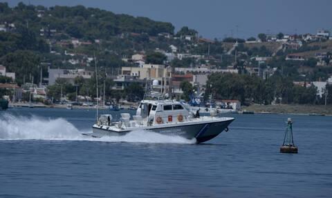 Φορτηγό πλοίο πλέει ακυβέρνητο μεταξύ Ρόδου και Καρπάθου