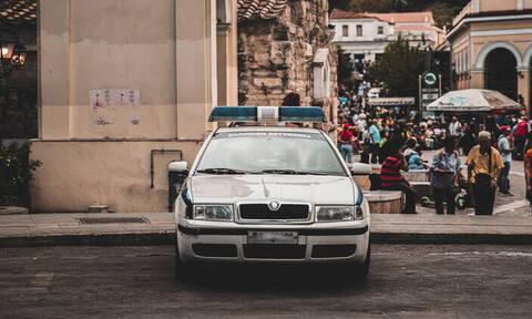 Ακρόπολη: Διέρρηξαν το αυτοκίνητο βουλευτή της ΝΔ - Έκλεψαν το όπλο του φρουρού του