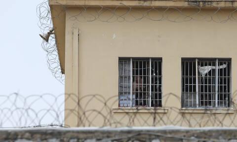 Δομοκός: Επέστρεψε τελικά στη φυλακή ο βαρυποινίτης που είχε πάρει άδεια
