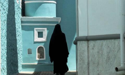 Οι 10 γυναίκες που παραβίασαν το Άβατο στο Άγιον Όρος (pics)