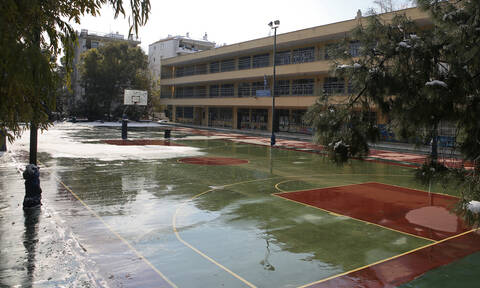 Σχολεία: Πότε ανοίγουν και πότε είναι η επόμενη αργία