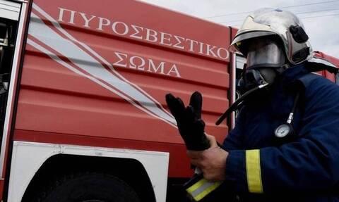 ΤΩΡΑ: Συναγερμός για φωτιά σε σπίτι στον Πειραιά