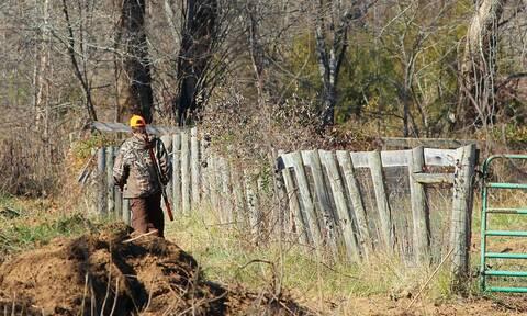ΣΟΚ: Πατέρας και κόρη σκοτώθηκαν από κυνηγούς