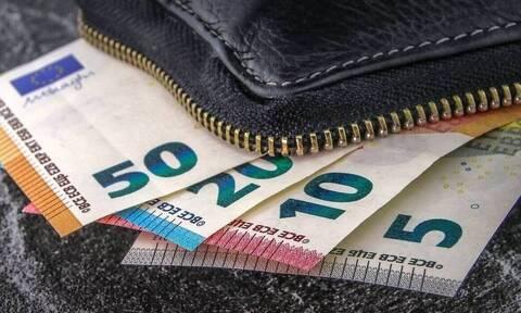 Ελάχιστο Εγγυημένο Εισόδημα: Οι αλλαγές στα κριτήρια του νέου ΚΕΑ
