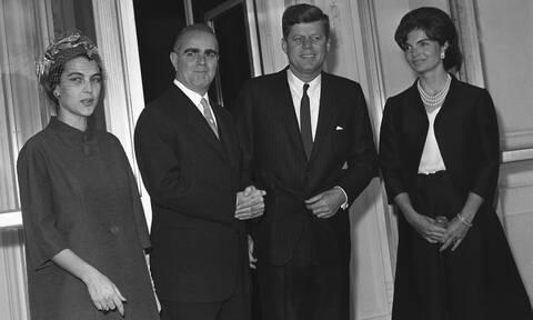 Έλληνες πρωθυπουργοί στο Λευκό Οίκο: Ο Σημίτης και το ευρώ, ο Κλίντον, ο JFK και ο Μητσοτάκης (pics)