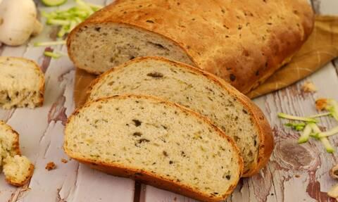 Η συνταγή της ημέρας: Ψωμί με μανιτάρια και κολοκύθια
