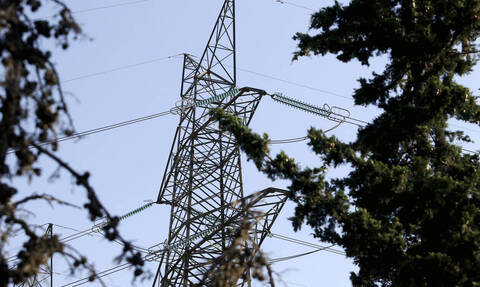 Power out on islands of Andros and Tinos