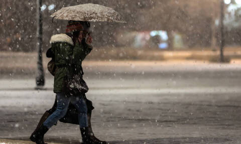 Snow and rough seas as cold front 'Hephaestion' settles over Greece