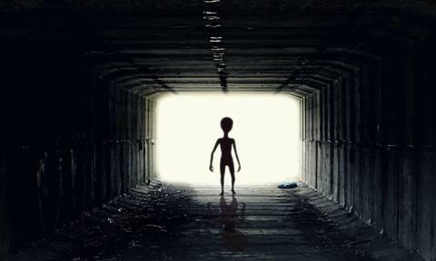 Οι εξωγήινοι ζουν ανάμεσά μας: Τι αποκαλύπτει αστροναύτης