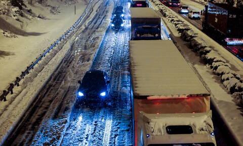 «Ηφαιστίων»: Απαγόρευση κυκλοφορίας φορτηγών - Σε ποιους δρόμους δεν επιτρέπεται η διέλευση