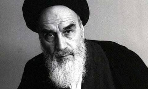 Εικόνες-σοκ με νεκρούς και στην κηδεία του Χομεϊνί πριν από 31 χρόνια στο Ιράν