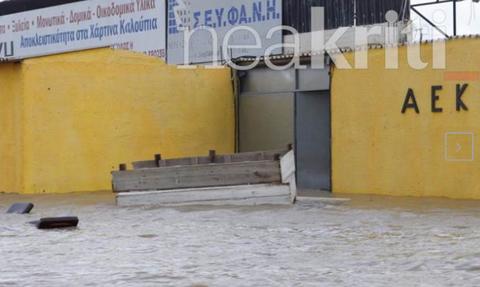 Κρήτη: O «Ηφαιστίων» διέλυσε το γήπεδο της ΑΕΚ (photos)