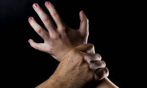 Σοκ στο Πέραμα: 12χρονη έβγαλε νοκ άουτ επίδοξο βιαστή