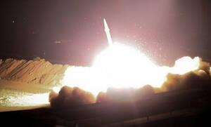 Ντοκουμέντο: Η στιγμή της επίθεσης του Ιράν στην αμερικανική βάση (vid)