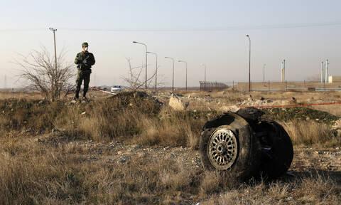 Συντριβή Boeing στο Ιράν: Η πιθανότερη αιτία της τραγωδίας με τους 176 νεκρούς (pics & vids)