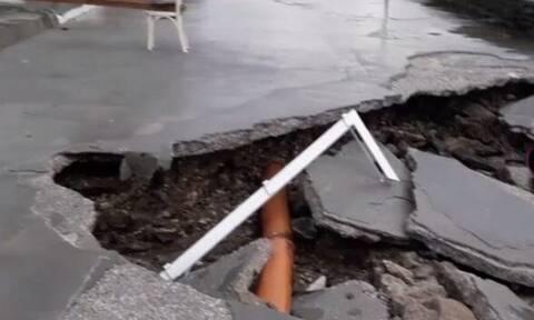 Χάος στην Μύκονο - Τα διέλυσε όλα ο «Ηφαιστίωνας» (video)