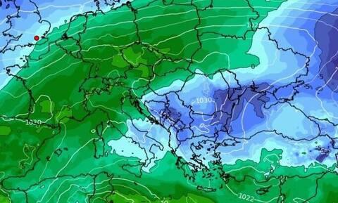Καιρός: Μίνι... επιδείνωση και χιονοπτώσεις από την Κυριακή. Καρέ - καρέ η εξέλιξη (vid)