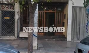 В Афинах мужчина и женщина отравились газом