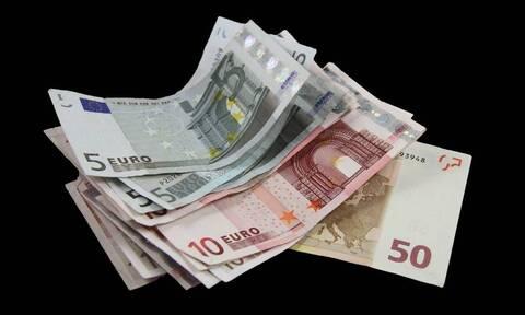 Ποιοι και πώς μπορούν να απαλλαγούν από τον ΦΠΑ