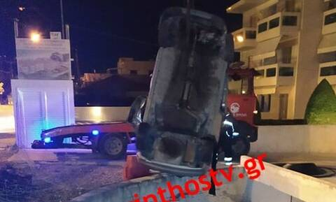 Σοβαρό τροχαίο στο Κιάτο: Αυτοκίνητο έπεσε σε υπόγειο γκαράζ (Pics)