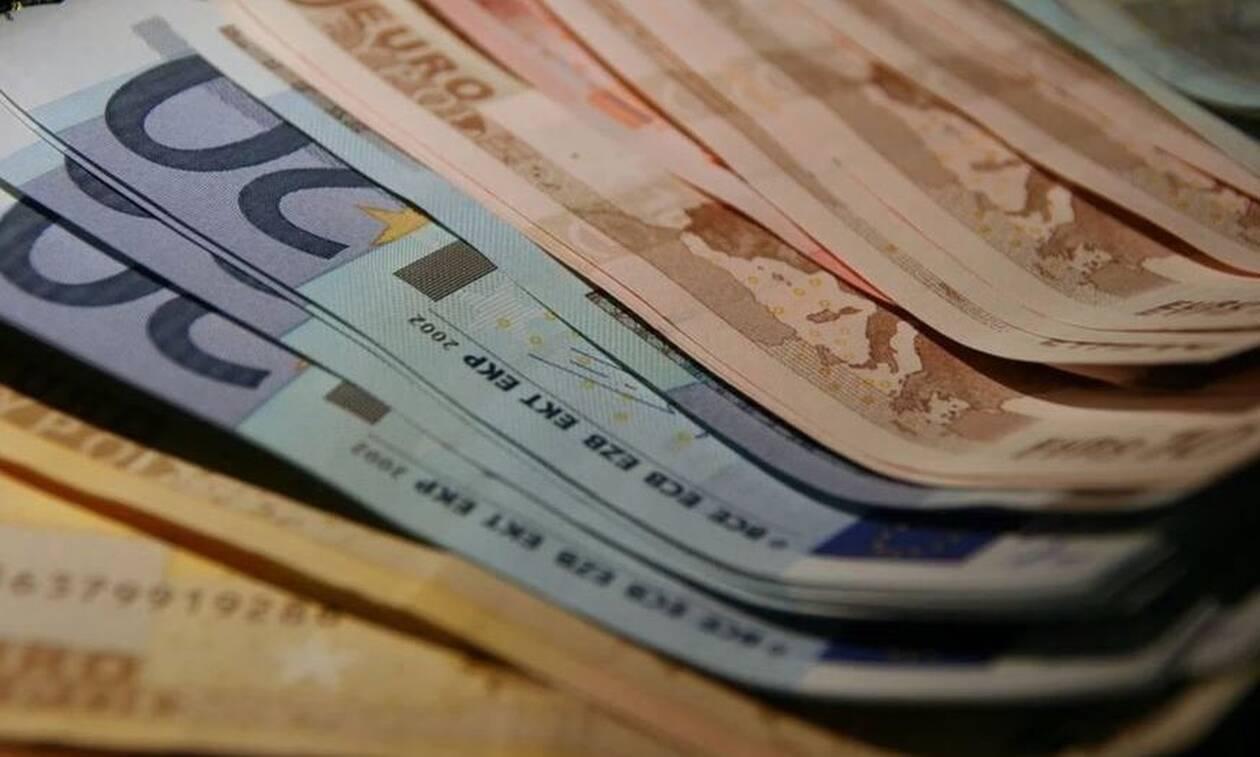 Αναδρομικά: Ποιοι θα πάρουν έως 7.340 ευρώ - Πότε θα καταβληθούν