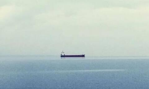 Το ξέσπασμα Έλληνα ναυτικού: Τέσσερις μήνες «όμηροι» στο Τζιμπουτί
