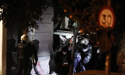 Κουκάκι: Έφοδος της ΕΛ.ΑΣ. στα υπό κατάληψη κτήρια - Δεκατρείς συλλήψεις