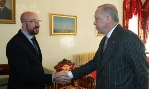 Συνάντηση Μισέλ-Ερντογάν στην Κωνσταντινούπολη - ΕΕ: Παράνομες οι γεωτρήσεις της Τουρκίας