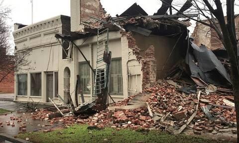 Φονική κακοκαιρία σαρώνει τις ΗΠΑ: 10 νεκροί, χιλιάδες νοικοκυριά χωρίς ρεύμα, ακυρώσεις πτήσεων