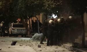 Κουκάκι: Ντοκουμέντο από την έφοδο της ΕΛ.ΑΣ στις καταλήψεις, όπου συνελήφθη η κόρη γνωστού ηθοποιού