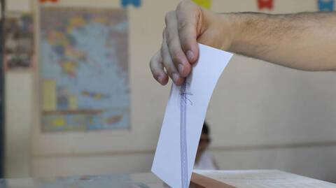 Εκλογικός νόμος: Πόσο πιθανό είναι το σενάριο των διπλών εκλογών το φθινόπωρο;