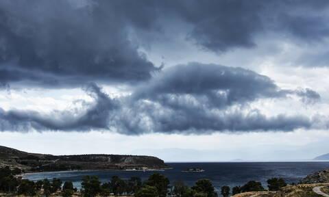Καιρός τώρα: Με βροχές και χαμηλές θερμοκρασίες η Δευτέρα (pics)