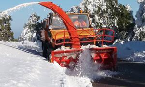 Καιρός – Προσοχή! Έρχεται ψυχρή εισβολή με σφοδρές καταιγίδες και χιόνια