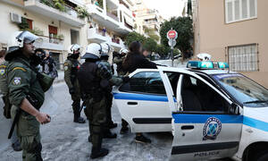Αυτή είναι η κόρη του γνωστού Έλληνα ηθοποιού που συνελήφθη στο Κουκάκι (pics)