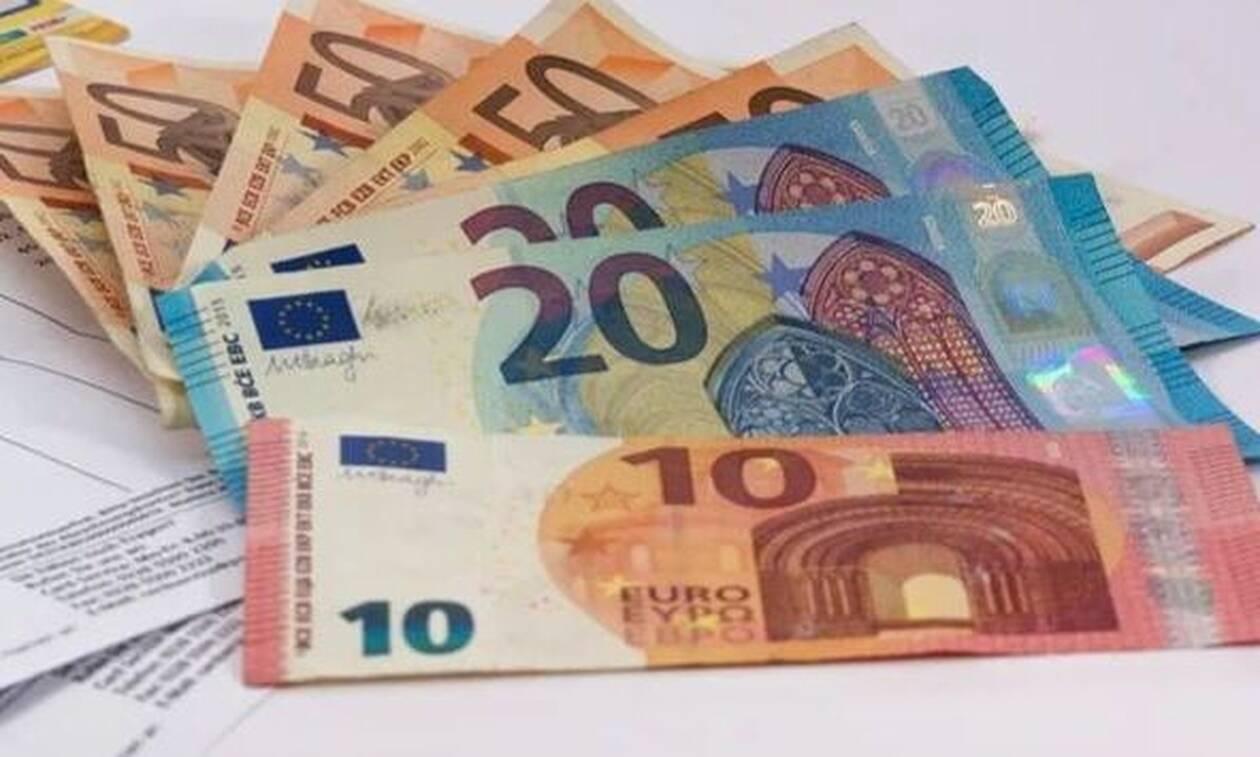 Συντάξεις: Ποιοι θα πάρουν 200 ευρώ αύξηση - Πότε θα δοθούν τα αναδρομικά